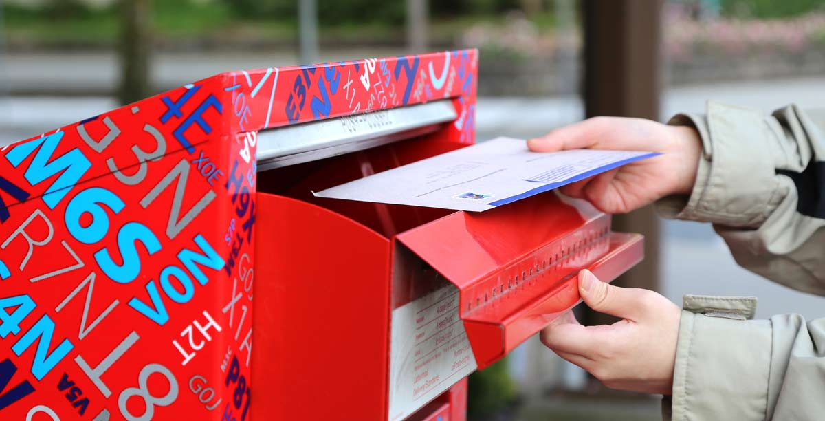 Sending out direct mail marketing campaign after comparing direct mail costs